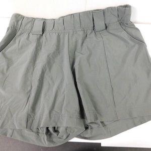 Athletic Slinky Shorts sz 12
